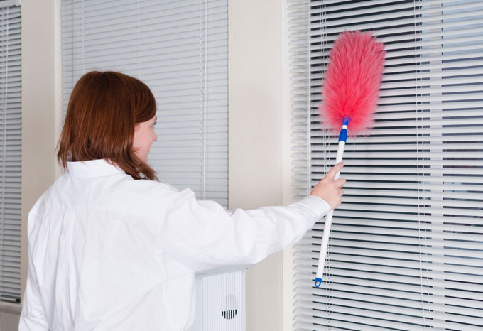 Dusting-Custom-Made-Blinds---CurtainWorld